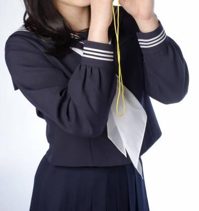 一般的な襟の形:冬服セーラー服(学生服)