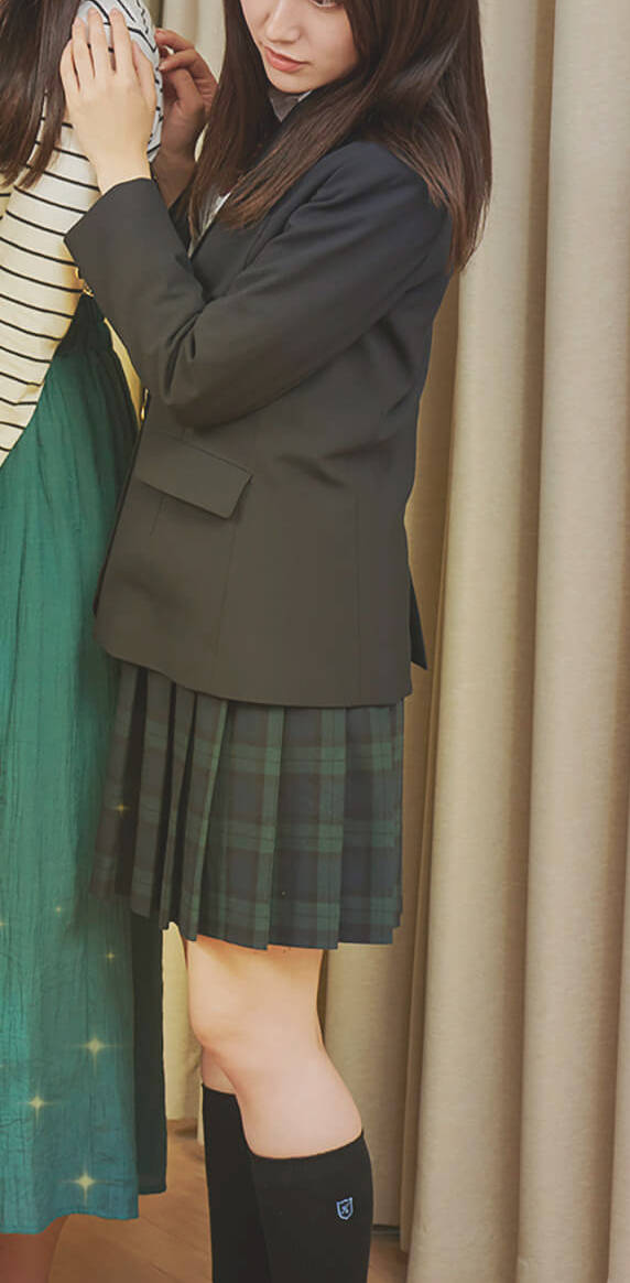 女子高生 制服姿