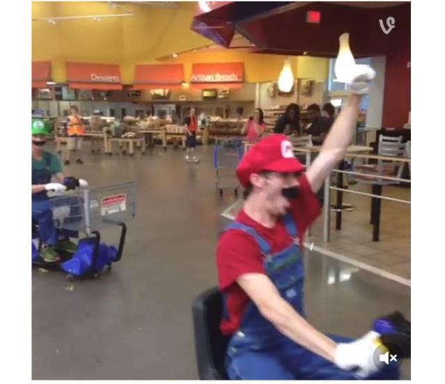 スーパーでマリオカート