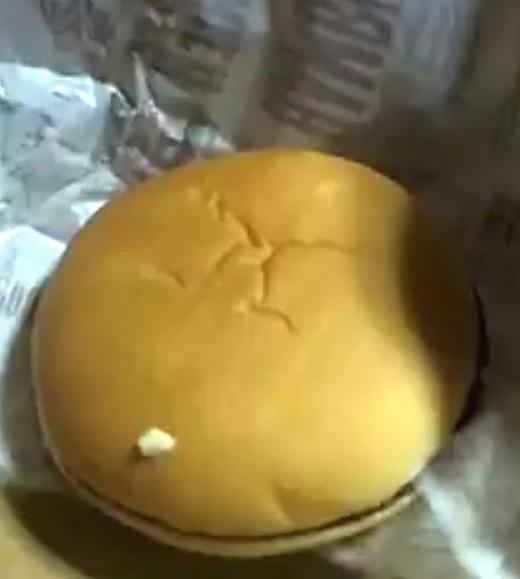 これは日本マクドナルドのハンバーガーの写真