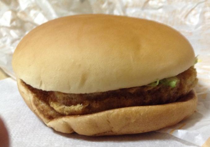 例:日本マクドナルドのチキンクリスプ(バーガー)の写真