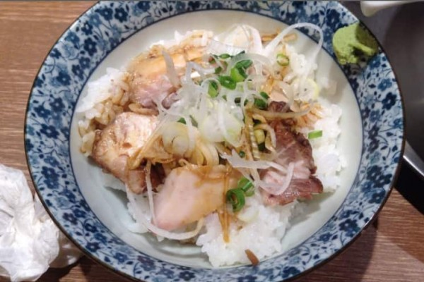 3度目食べた竹末東京の肉玉丼の写真