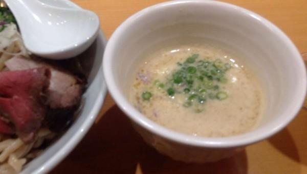 鶏つけそば900円のスープ竹末東京プレミアム