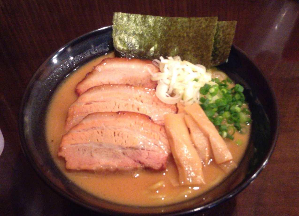 炙りチャーシューめん(醤油)