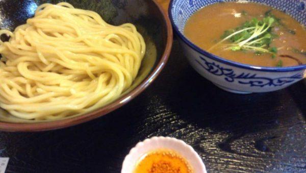 麺屋 頂 中川會の濃厚魚介鶏つけめん 780円