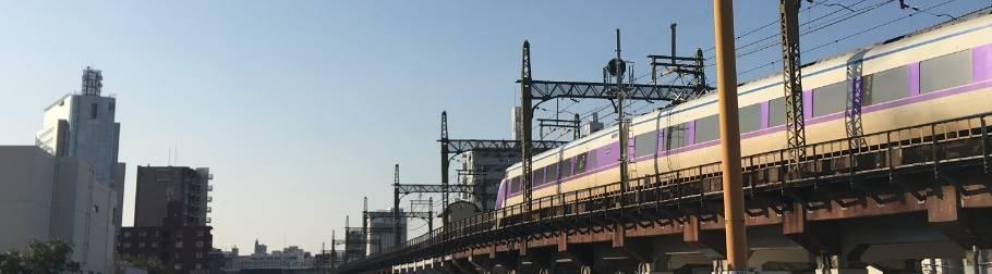 スカイツリー駅から浅草方面に向かう電車