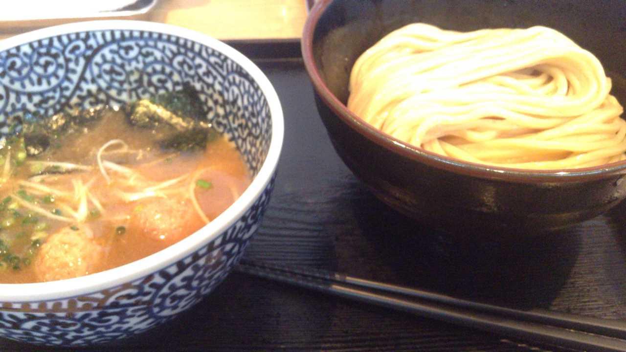 麺屋一燈 濃厚魚介つけ麺 830円