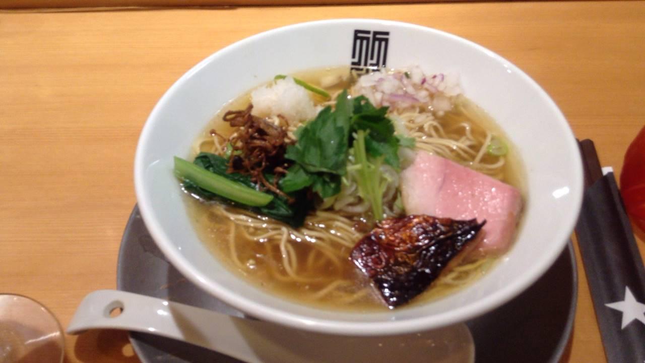 魚の香るスープのラーメン