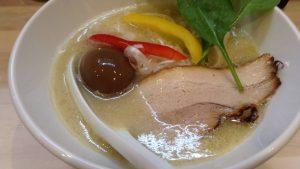 拉麺 吉法師にて食べた味玉とらーめん900円