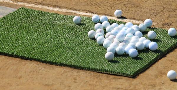 練習用のゴルフボール
