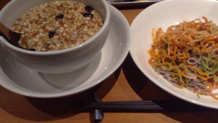 マヌカハニーとグラノーラのつけ麺