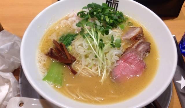 竹末東京プレミアムの鶏そば850円