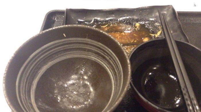 牛カルビ生姜焼き定食650円を完食した図