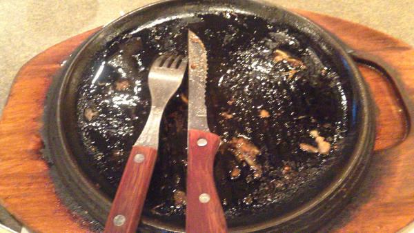 ペッパーランチの『サーロインペッパーステーキ&ハンバーグ盛り』完食