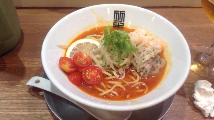 竹末東京プレミアムの限定麺冷やし辛そば