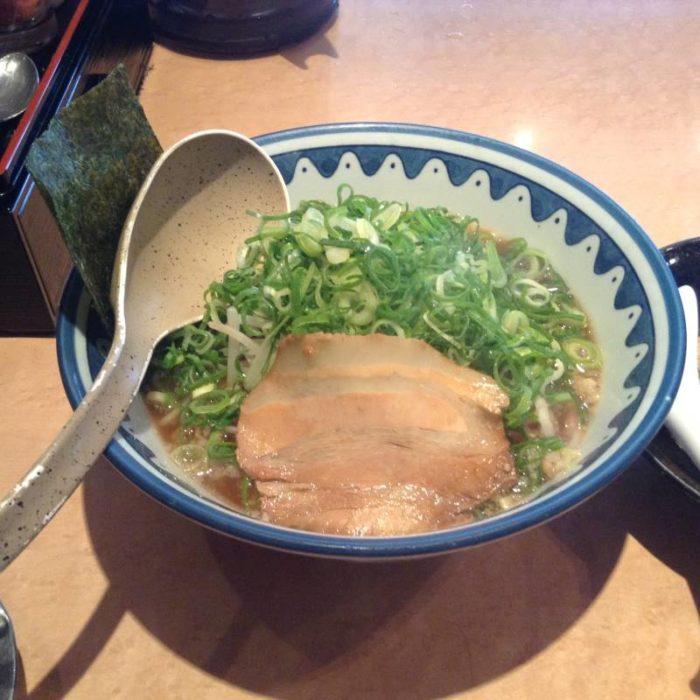 麺処なんでやねん 醤油麺