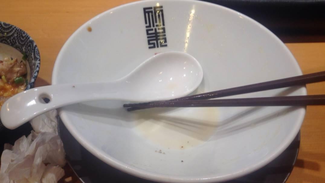竹末東京プレミアムの完食した丼の写真
