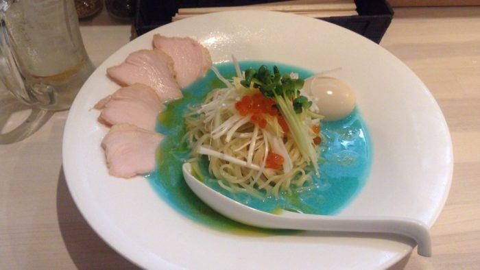 夏季限定冷やし鮮魚系拉麺 タラちゃんとイクラちゃん 拉麺 吉法師