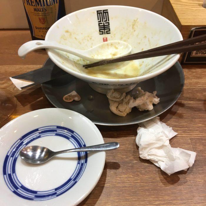 限定麺と限定デザートのムース完食