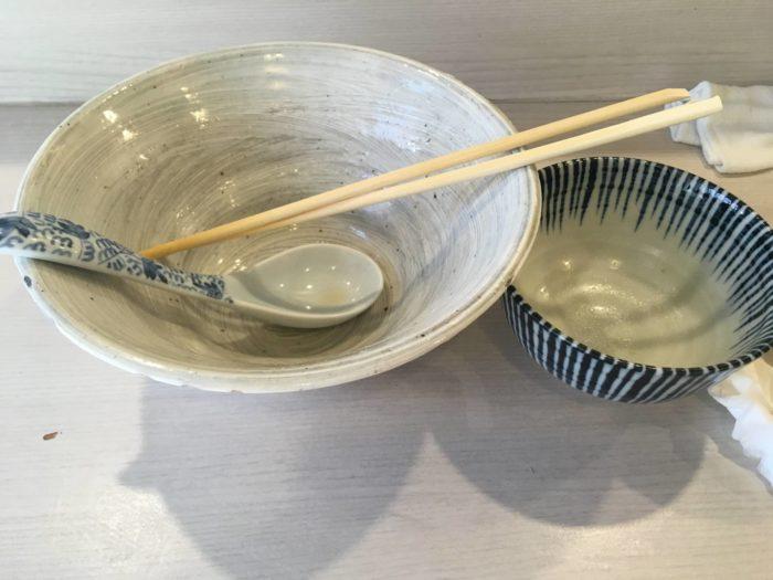 麺処 きなり 白醤油そば:780円 炊き込み飯:150円を完食した丼
