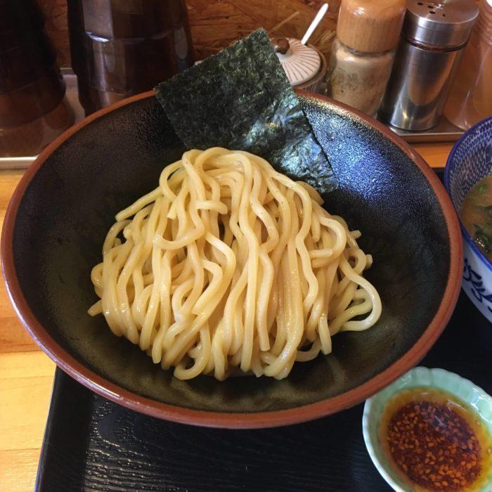 麺屋 頂 中川會(曳舟店)『濃厚魚介鶏つけめん』の麺