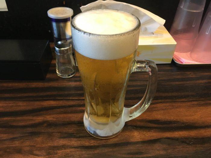ラーメン屋稲荷屋の生ビール