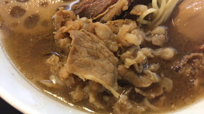 特煮干塩らぁ麺の牛肉
