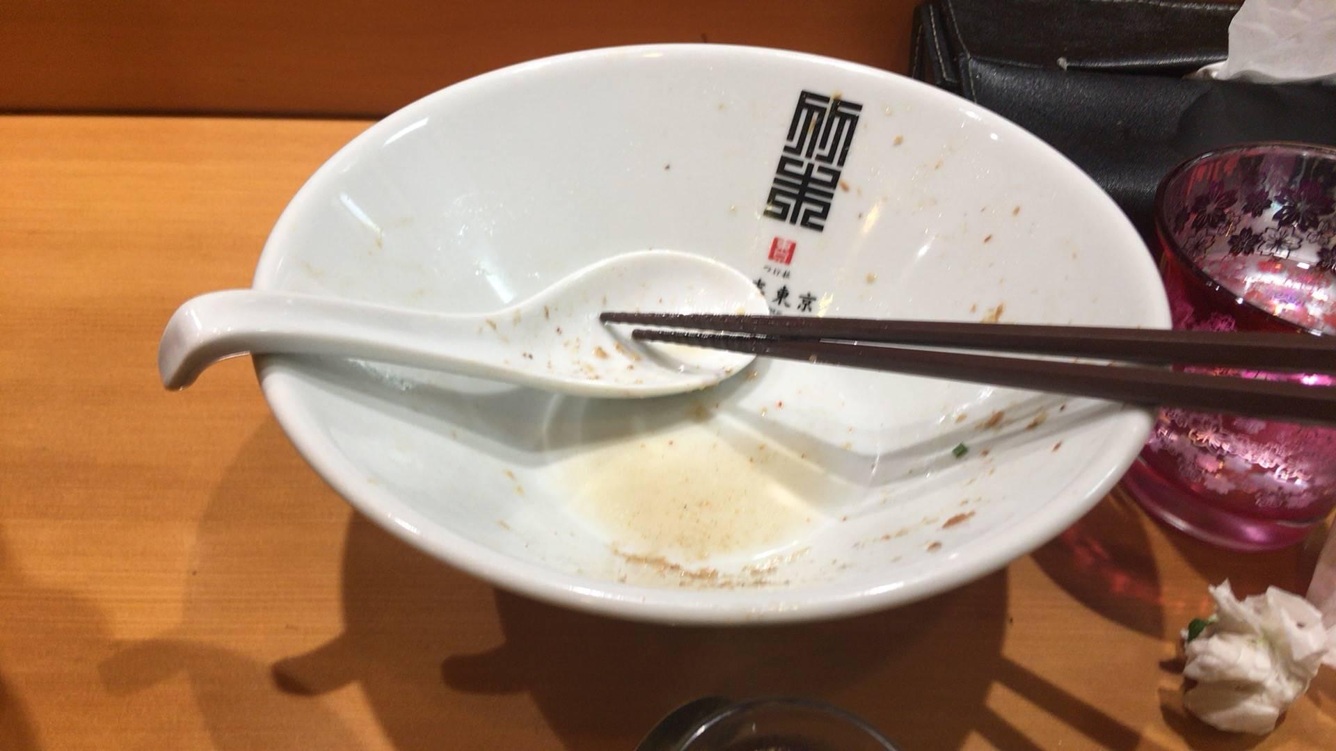 完食した丼の写真 サンマとイカのまぜそば 麺大盛り2017年10月30日
