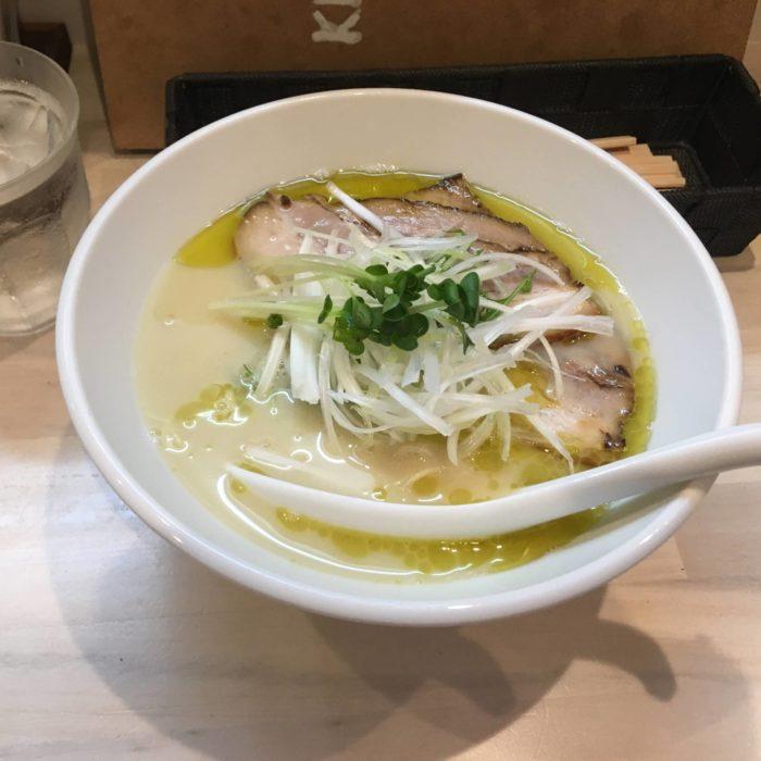 鶏白湯味噌 チャーシュー麺バージョン:拉麺吉法師