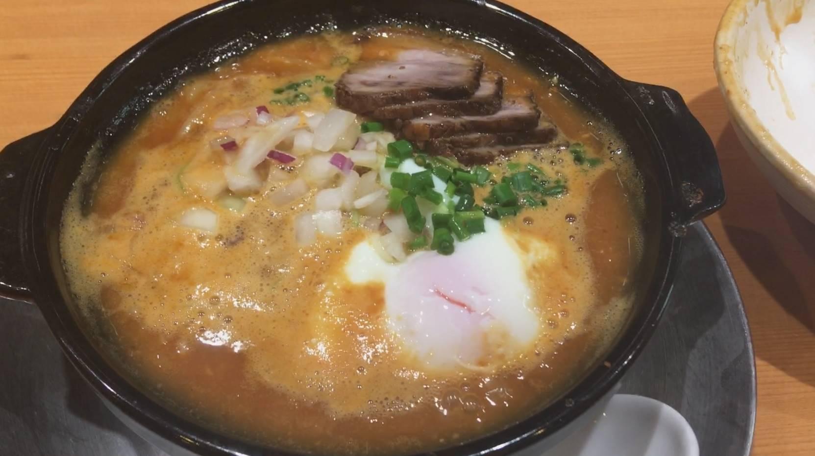 竹末東京プレミアムの辛味噌のラーメン
