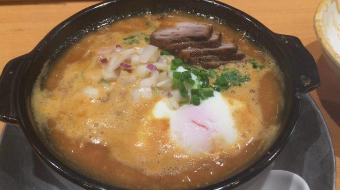 竹末東京プレミアムで、辛味噌のラーメン