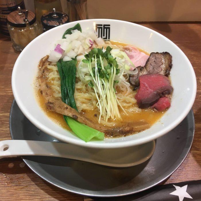 ラーメンの写真『竹末東京プレミアム』ヤシオマスの塩そば880円
