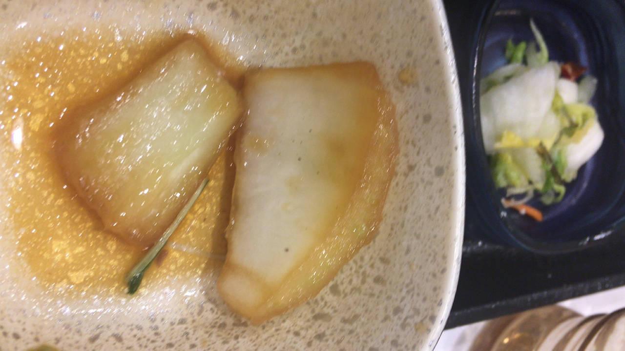 牛すき鍋膳セット並盛 の太めの白菜