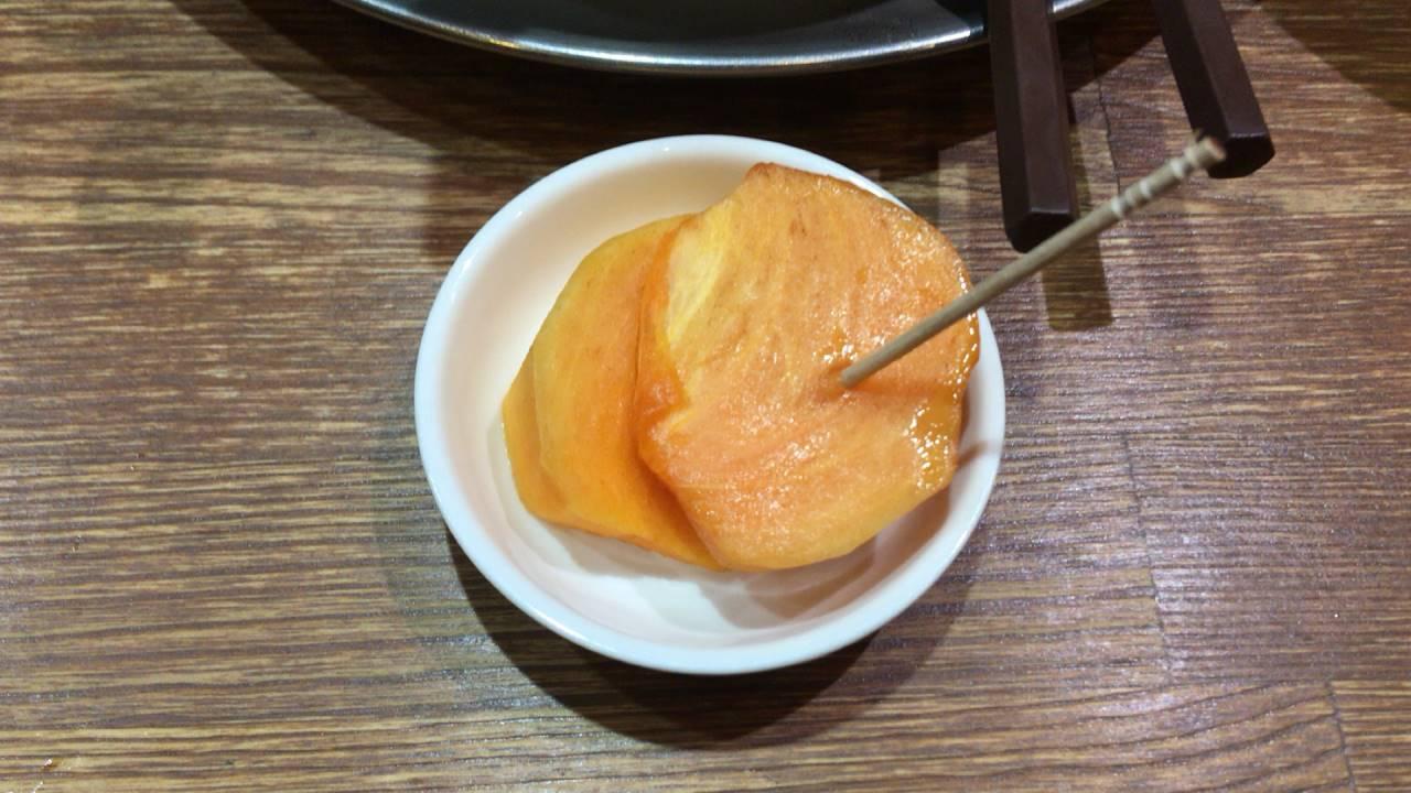 竹末東京Premiumでデザートの柿