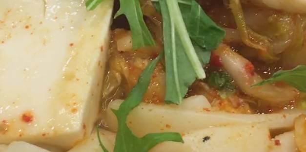 6食目「鬼辛豚チゲ鍋膳」大盛 うどんが大目