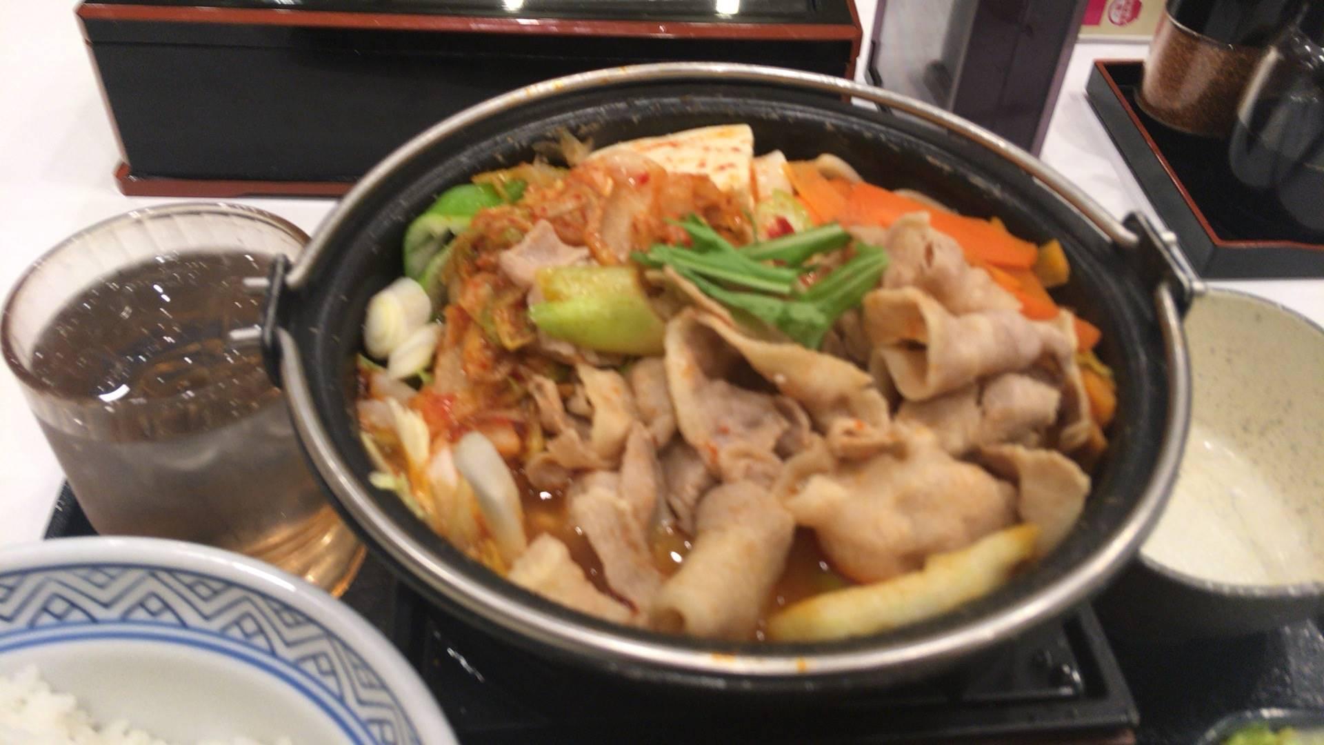 写真 3食目:鬼辛豚チゲ鍋膳(セット)を大盛で食べてみた|吉野家