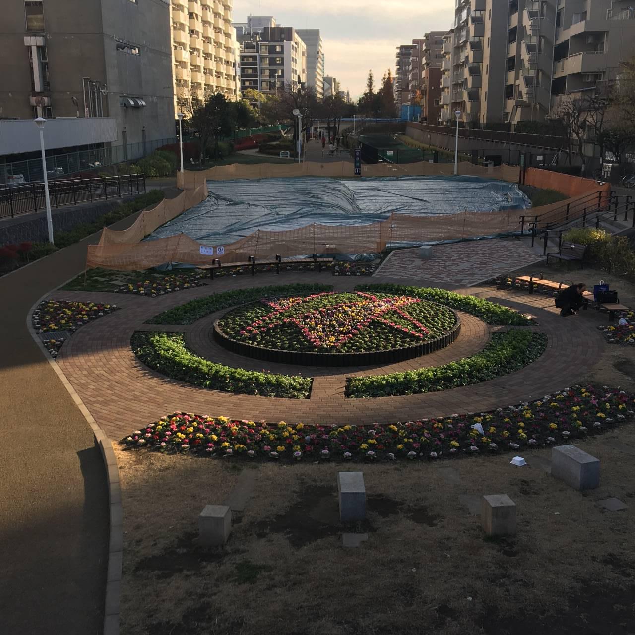 丸い配置の花壇