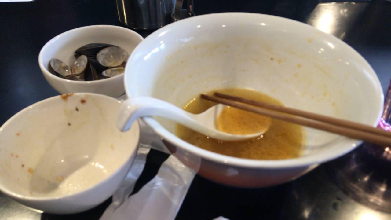 「真島組!解散らぁ麺」 (貝酸辣麺)食べ終えた図