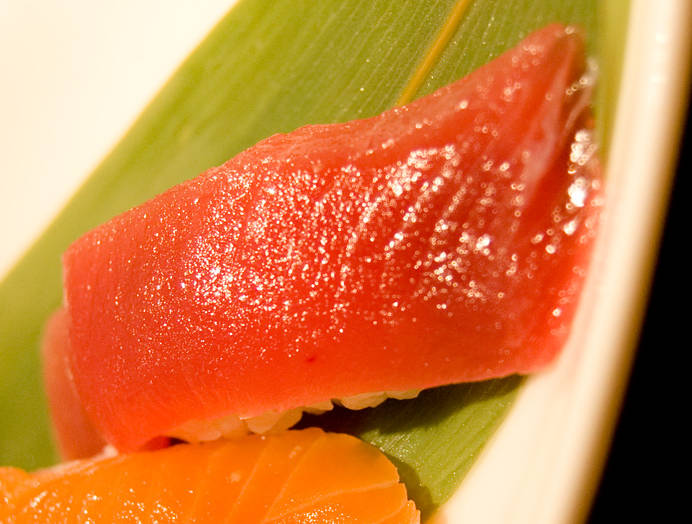 寿司(マグロ)の写真
