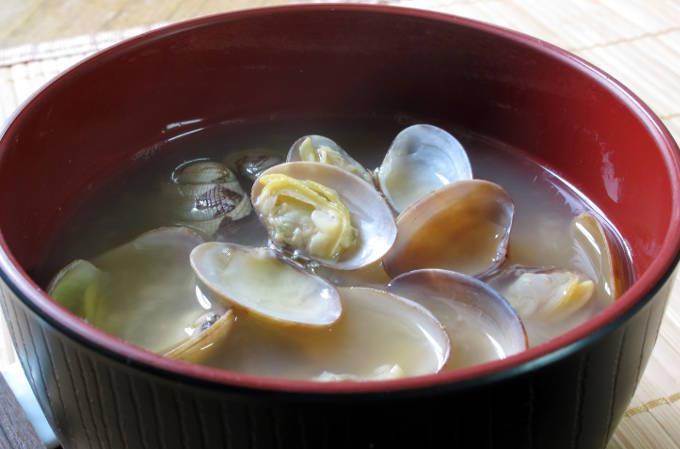 あさり(浅利)の味噌汁
