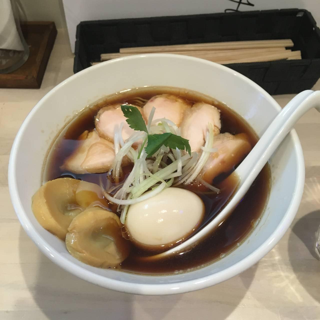 拉麺吉法師季節限定の中華そば(チャーシュー麺)