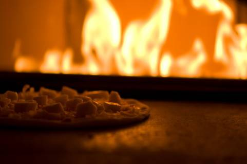 二層式のピザ窯