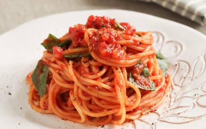 トマトソースのパスタ(スパゲッティ)