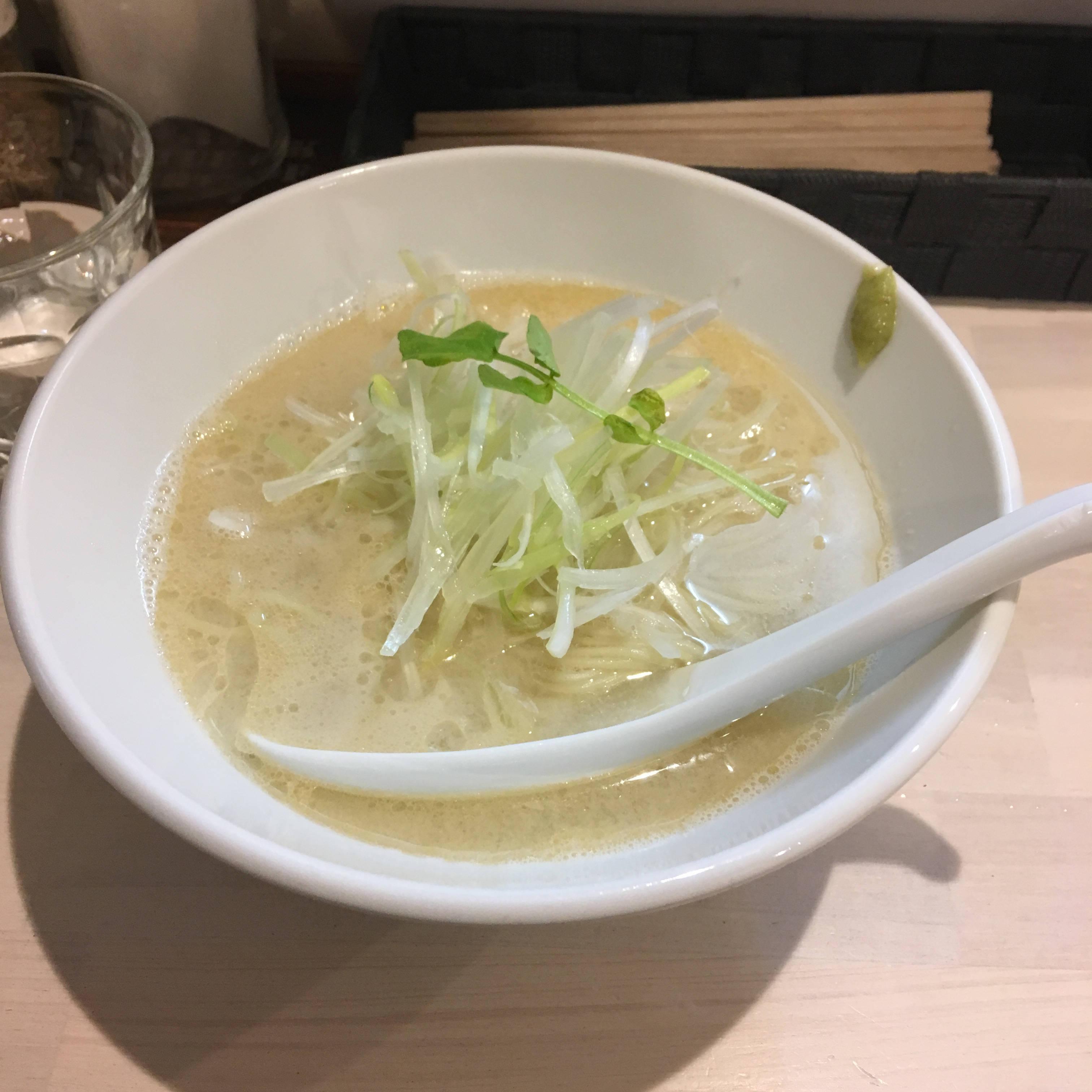 限定麺「ありが鯛|」吉法師の鯛白湯ラーメン