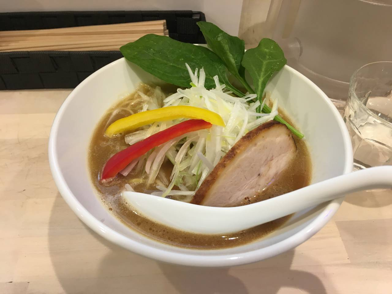 鶏白湯醤油+葱トッピング|拉麺 吉法師