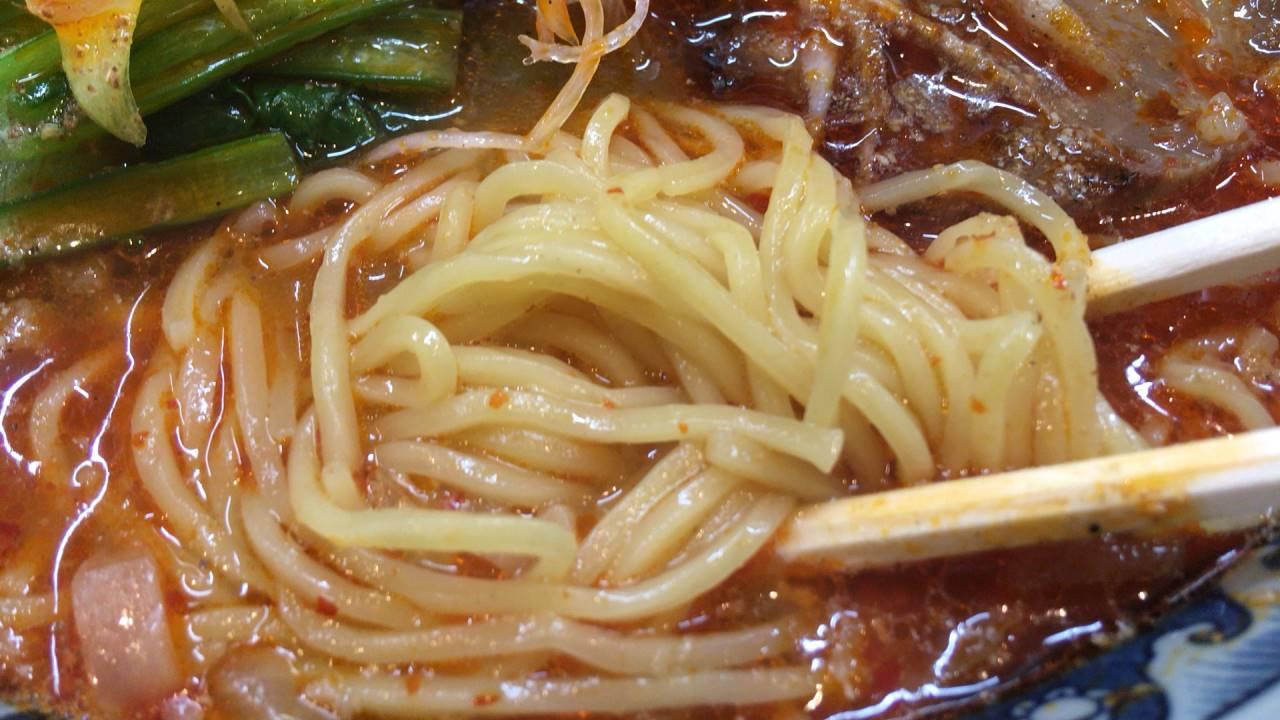 ラーメンソレナリ(Sorenari)の辛そばの麺