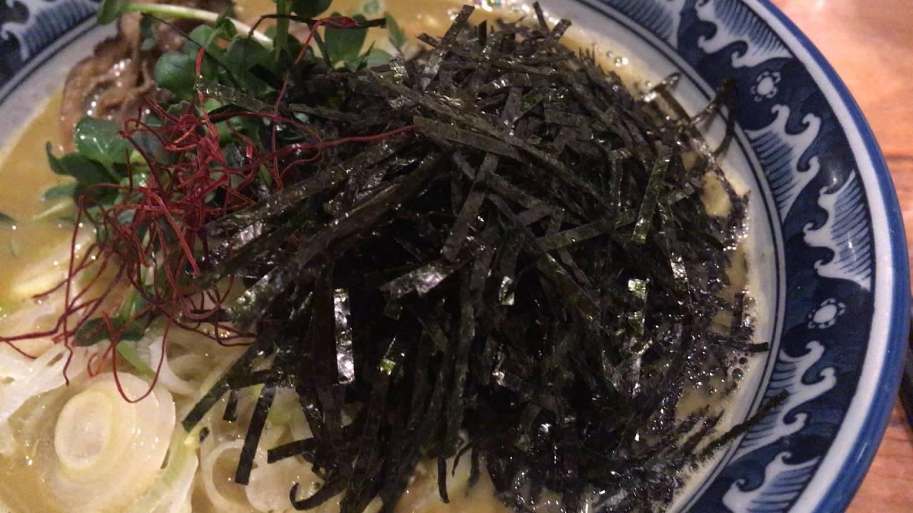 麺や佐市 牡蠣ラーメンの海苔