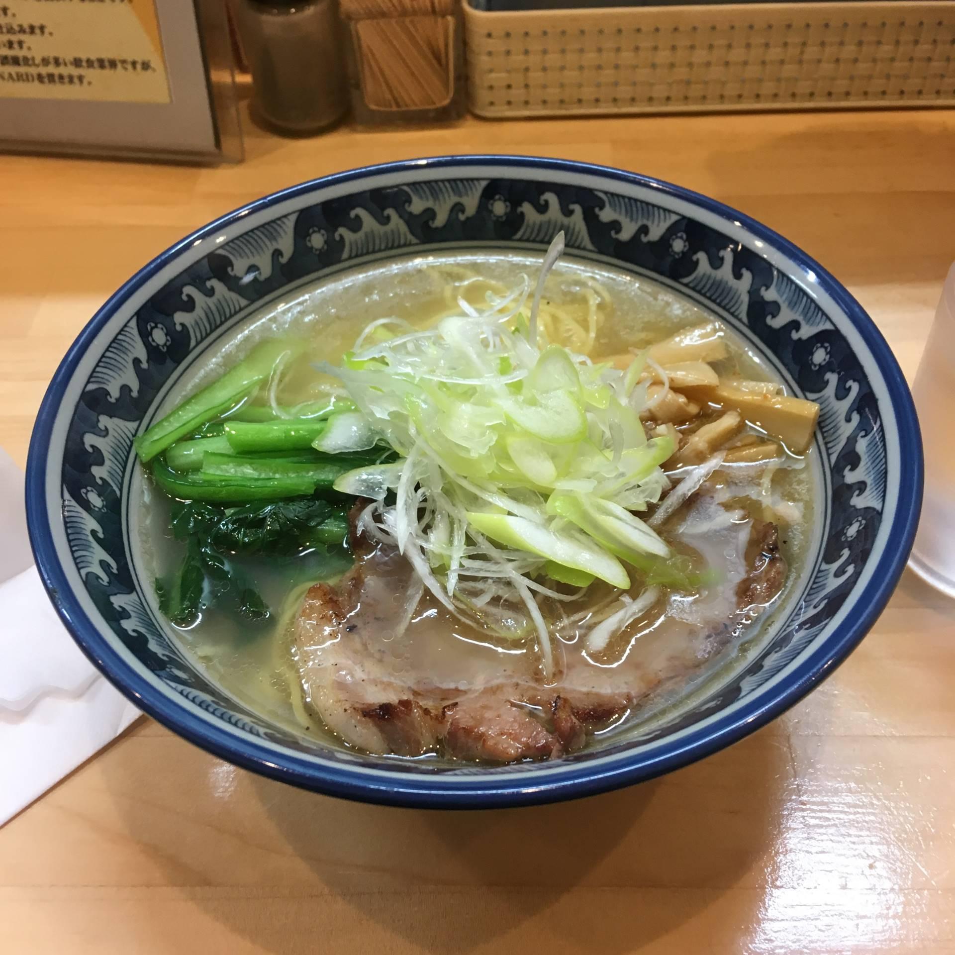 らーめん(塩)|ラーメンソレナリ