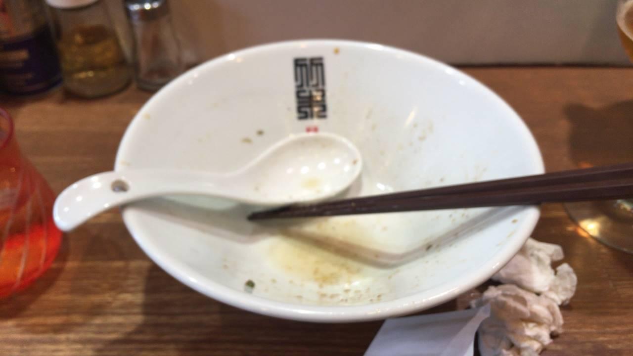 竹末東京プレミアムの「サンマとイカのまぜそば」900円