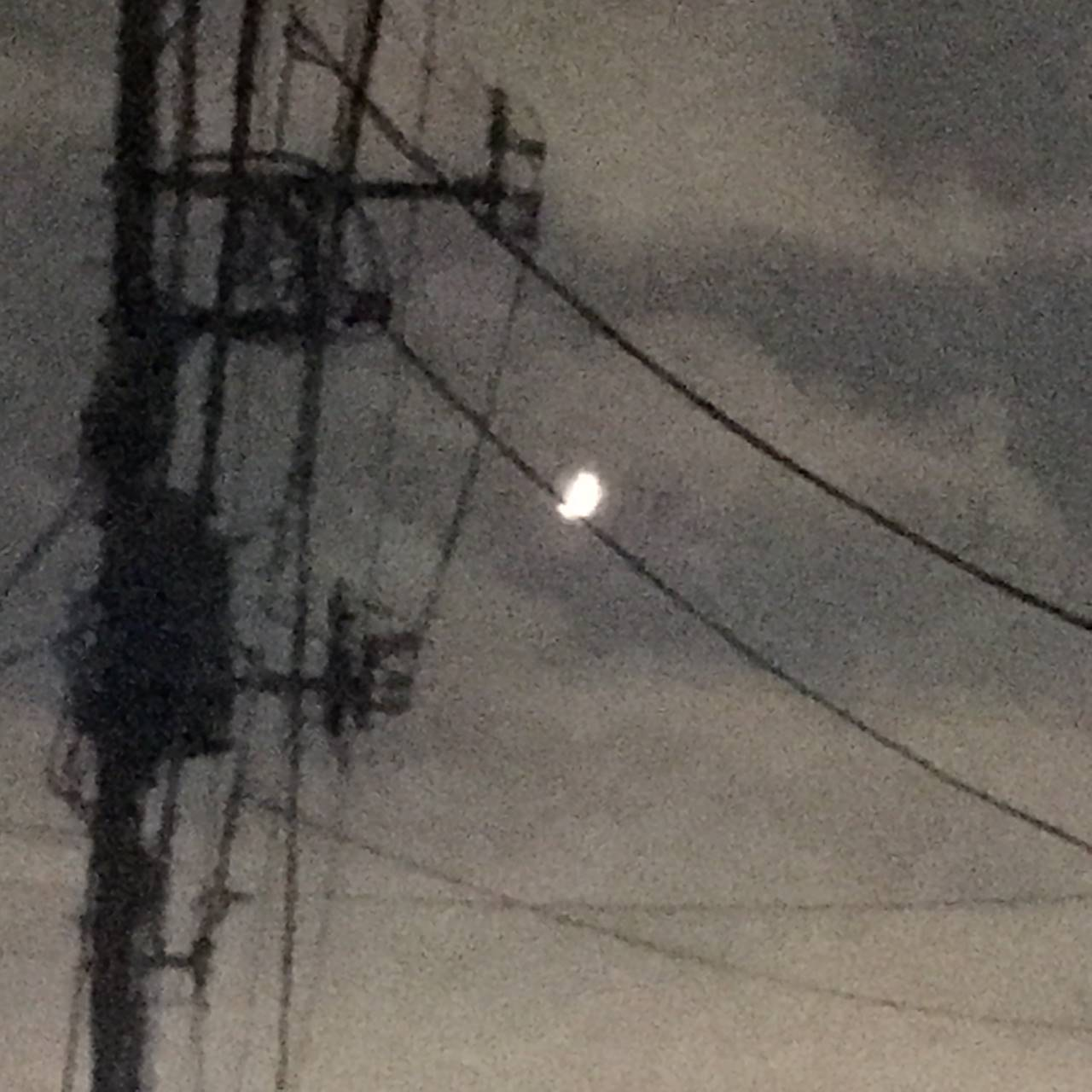 2017年09月25日 電柱と月